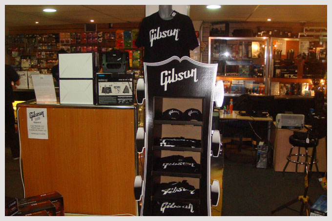 Live4guitar Attended Gibson Day At Wembley Guitar Centre
