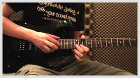 Lick of the week no. 4 - Tapping in E minor