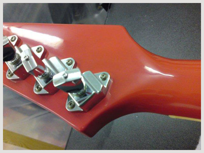 gibson firebird - finished headstock